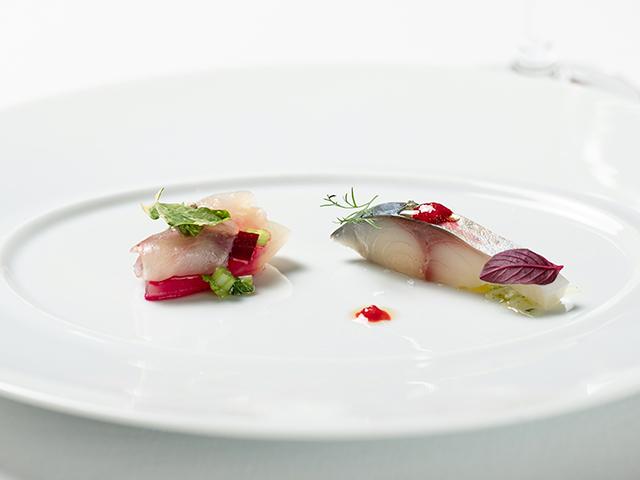 魚を使ったコース料理